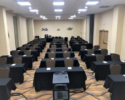 Meeting and Banquet Space near all attractions in Universal Blvc, Orlando, FL