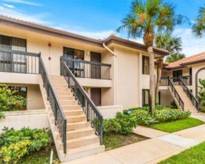 5151 W Club Cir #206, Boca Raton, FL 33487 2 Bedroom Condo