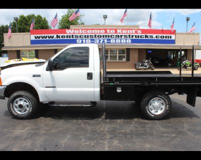 2000 Ford F-250 SD XL Regular Cab 4WD Spike Bale Bed Truck