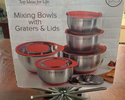 Rorence Mixing Bowl Set of 5 with Graters & Transparent Lids - Red