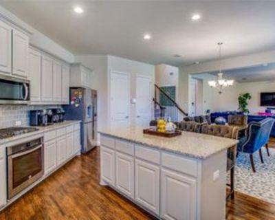 2675 Venice Dr, Grand Prairie, TX 75054 3 Bedroom Apartment