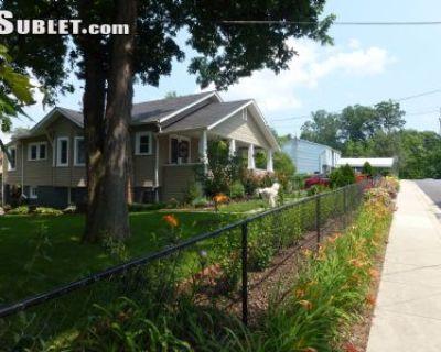 $1000 4 single-family home in Hyattsville