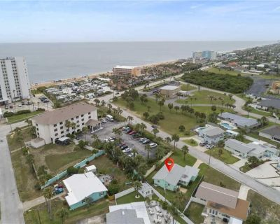 Plaza Cottage, 2 Bedrooms, Walk to Beach, Patio, Wi-Fi, Pets, Sleeps 6 - Plaza Shores