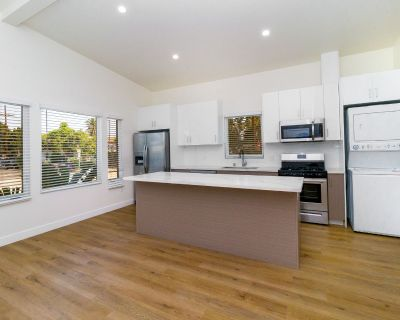 Newly Renovated One Bedroom Apartment with In-unit Laundry!