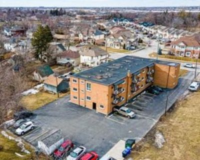 426 Queenston St #15, St. Catharines, ON L2P 2Y2 2 Bedroom Apartment