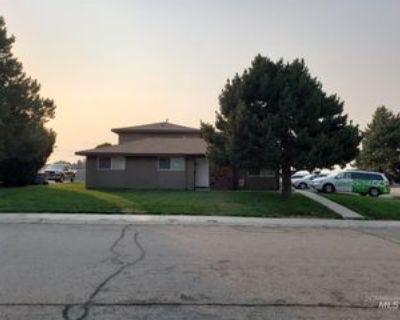 373 S White Cloud Dr, Boise City, ID 83709 3 Bedroom House