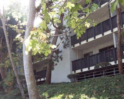 3602 W Estates Lane