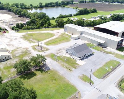 Single Tenant NNN-Leased Investment Property - 3508 Curtis Lane
