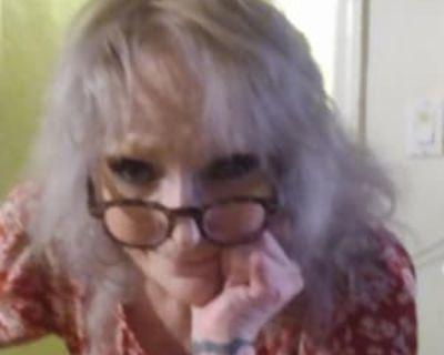 Karen, 75 years, Female - Looking in: Palmdale Los Angeles County CA