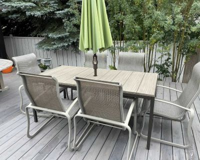 West Elm Frame outdoor patio table - 1 month old