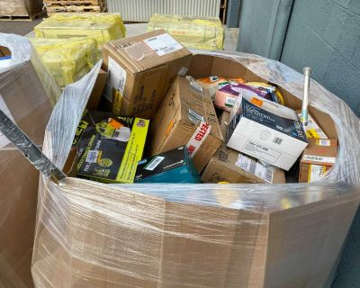 Pallet Wholesale liquidation - Home Depot (Tools, Garden, Hardware, Electrical, Plumbing)