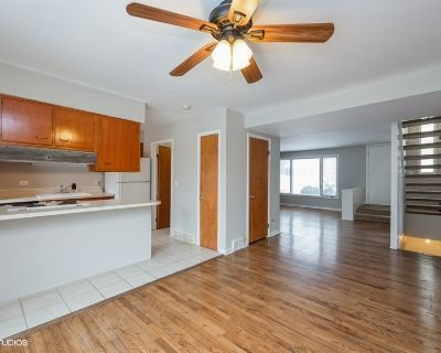 3D tour available! Mesmerizing 2 bedroom 1.5 bathroom duplex parking included, outdoor space