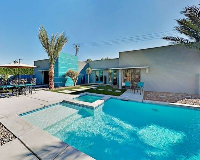 Modern resort home. 3 KING beds. Near Downtown. Amazing views. - Palm Springs