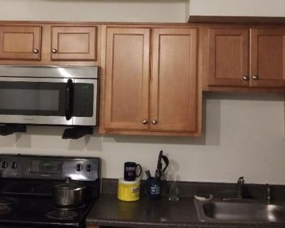 Private room with shared bathroom - Newport News , VA 23602