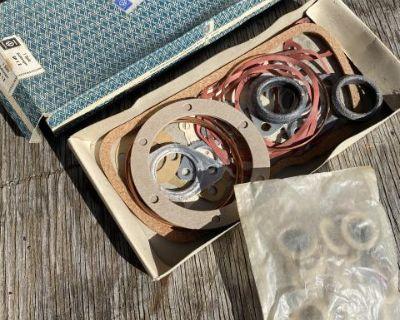 NOS 40HP Gasket Set 211 198 003 SP 1 E