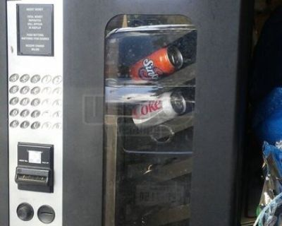 Used USI / Wittern 3155B Combo Snack & Soda Vending Machine