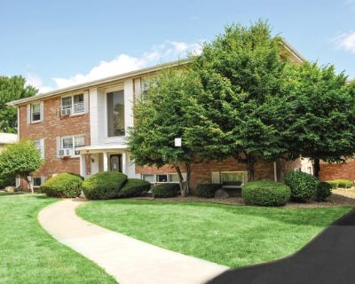 Green Lake Apartments & Townhomes