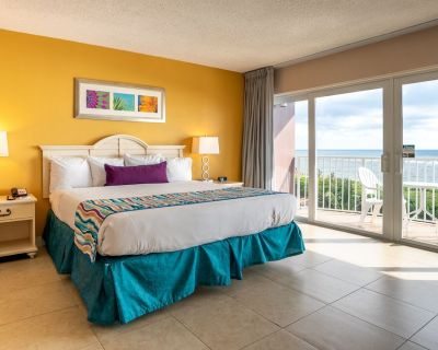 D1: 1Bed 2Bath/Full Kitchen/Oceanfront/Views Vary - Pompano Beach