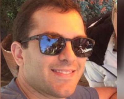 Nicholas, 29 years, Male - Looking in: San Mateo San Mateo County CA
