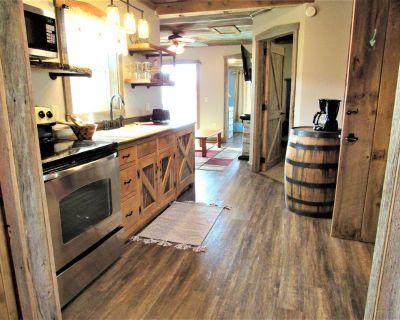 Cabin 3 at Kentucky Lake's Lynnhurst Family Resort - Murray