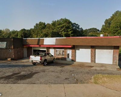 Auto Body & Repair Property For Sale