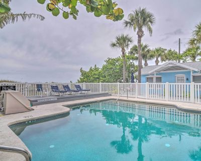 NEW! 'Blue Heron Cottage 6' - Walk to Beach & Pool - Indian Rocks Beach