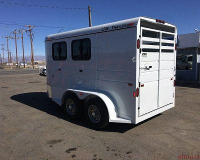2 Horse Trailer, CM Horse Trailer CMH0842-1470