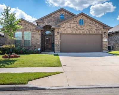 11321 Gold Canyon Dr, Fort Worth, TX 76052