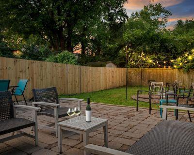Elegant Stylish 3BR Home 2min to Butler Uni * SmartTV per Bedroom * 500mbps - Indianapolis