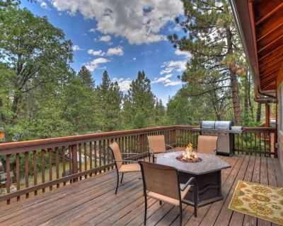 Camp Conklin: Close to Ski Slopes, Lake, and National Forest! Game Room w/ Pool Table! - Big Bear Lake