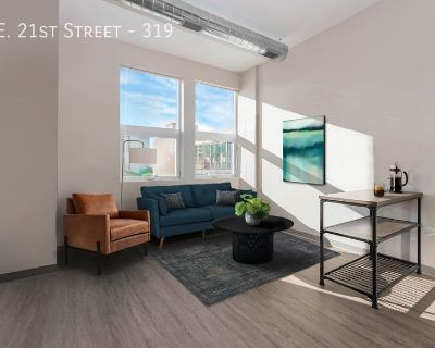 A Sunny 1-Bedroom Apartment - South Loop!
