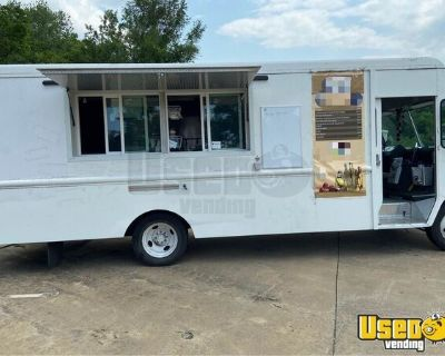 Fully Loaded 2001 Chevrolet Food Truck / Professional Mobile Kitchen