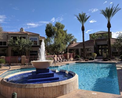 Spacious 2 Bed, 2 Bath Remodeled Condo in North Central Scottsdale - Central Scottsdale