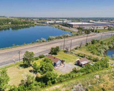 GREAT CENTRAL LOCATION-ZONING AND REDEVELOPMENT OPPORTUNITIES