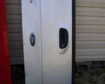 RARE REAR HATCH TAILGATE FITS 01 02 03 04 05 Ford Explorer Sport Trac