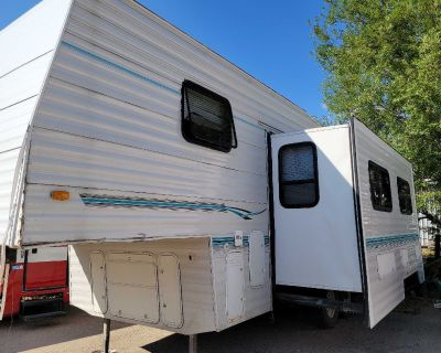 2002 Camper for sale good condition