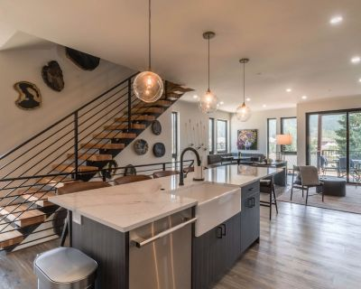 Private Hot Tub | BRAND NEW | Colorful & Modern Downtown Townhome - Winter Park