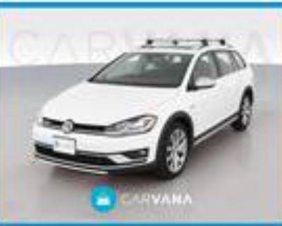 2019 Volkswagen Golf Alltrack White, 19K miles