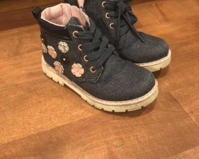 Sole play toddler girl boots