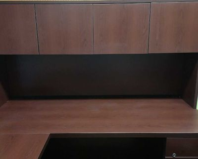 EUC executive Style Desk and Credenza