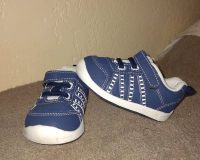 Infant sz.4 sneakers ... by Healthtex