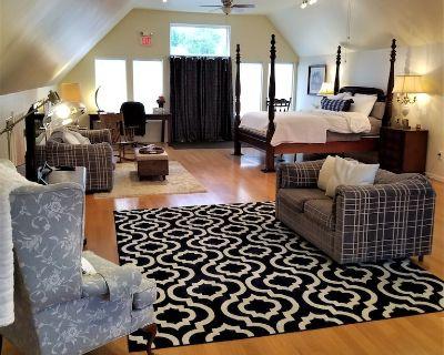 Luxury Loft minutes from Laurel Highlands - Uniontown