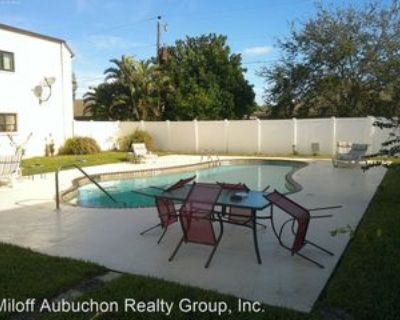 3917 Country Club Blvd #102, Cape Coral, FL 33904 2 Bedroom Apartment