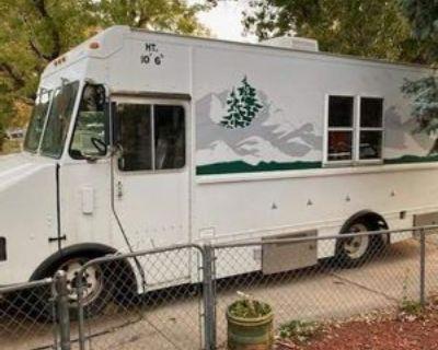 1996 Freightliner Diesel Mobile Food Kitchen - Freightliner / MT35 / 1996