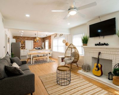 Sunset Heights Bungalow near Downtown and UTEP - Sunset Heights