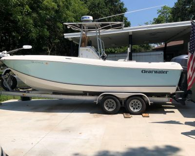 2012 Clearwater 2300