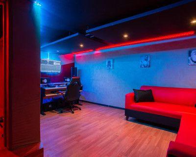 Recording Studio In Burbank off Hollywood Way, Burbank, CA