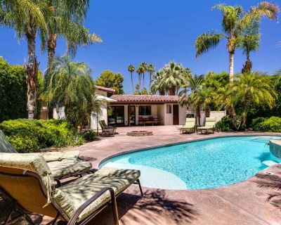 Bright, airy home w/ private pool & spa, firepit, close to town - dogs welcome! - Tahquitz River Estates