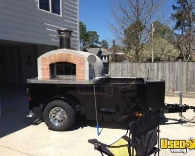2015 6.5' x 13.5' Wood-Fired Brick Oven Pizza Trailer w/ Sandwich Prep Table