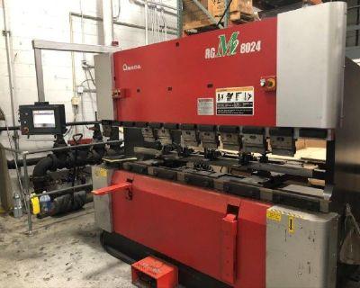 Amada RG M2-8024 88 TON CNC Hydraulic Press Brake 2010